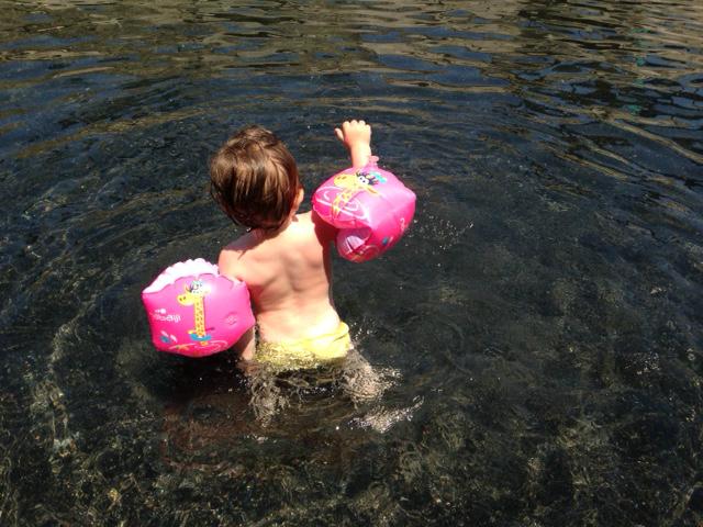 Nuotare a 18 mesi
