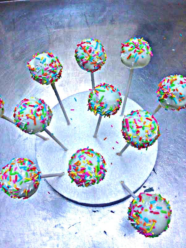Cake pops per Carnevale